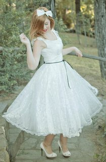 Short Mini Tea-Length Satin Lace Wedding Dress