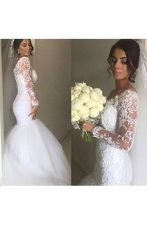 Fantastic Long Sleeve V-neck Lace Trumpet Gown With Pleats