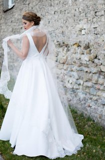 Bateau Neck Sleeveless A-Line Satin Wedding Dress With Pleats