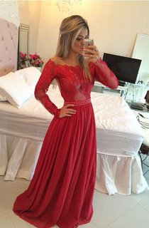 A-Line Princess Off-the-Shoulder Chiffon Sweep Brush Train Applique Dresses