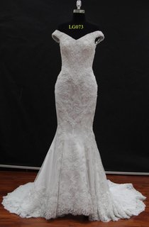 Off-Shoulder Lace Mermaid Wedding Dress With Court Train