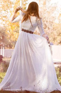 Bateau Lace Half Sleeve Pleated Wedding Dress With Lace Ribbon