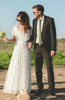 Boho Scoop-Neck Lace And Pleated Wedding Dress