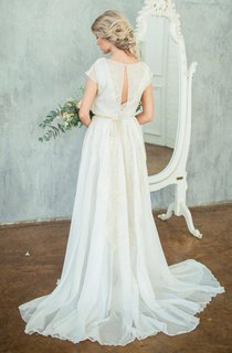 High Neck Chiffon Satin Embroidered Button Zipper Wedding Dress