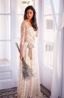 Floor-Length Long Sleeve Lace Weddig Dress