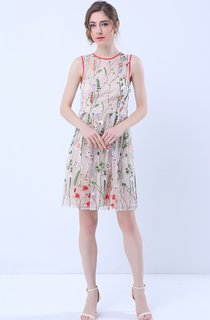 Floral Deep V-Back Sleeveless Knee Length Dress with Belt