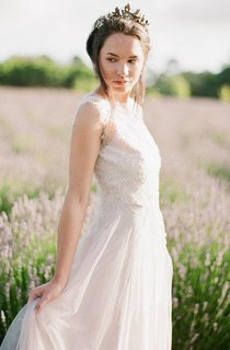 Jewel Neck Sleeveless Long Tulle Wedding Dress With Beading