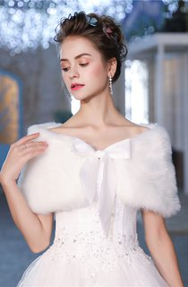 Two-Sided Winter Wedding Thick Padded Warm White Bow Coat
