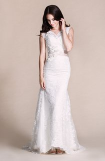 Sleeveless Sheath Long Dress With Appliques and Beadings