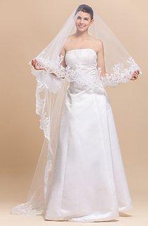 Gracious Mantilla One-tier Chapel Wedding Veil