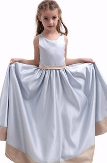 Sleeveless Long Dress With Pleats and Scoop Neck