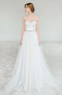 Sweetheart A-Line Appliques Lace Wedding Dress