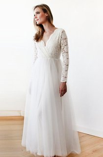 Empire Long Sleeve Empire Tulle Lace Wedding Dress
