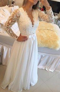 Elegant Long Sleeve Pearls Wedding Dresses 2016 A-Line Lace Floor Length