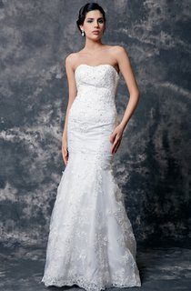Refined Strapless Sweetheart Lace Wedding Gown