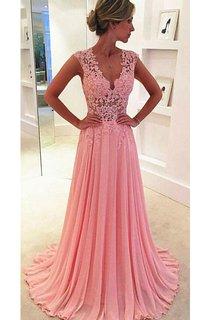 Sleeveless V-neck Sweep Train Pleats Lace Dress