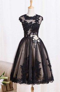 Cap Sleeve Jewel Neck Knee Length Lace Dress