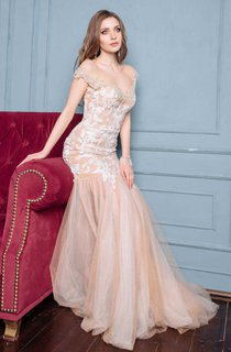 Illusion Cap-Sleeve Tulle Mermaid Dress With Appliques And Sweep Train