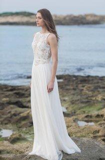 Bateau Sleeveless Lace Appliqued Chiffon Floor-Length Wedding Dress