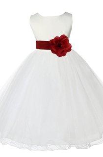 Sleeveless Bateau-neck A-line Dress With Flower and Pleats
