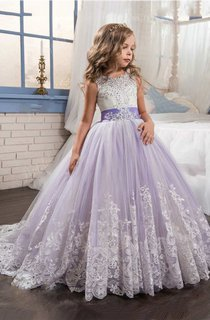 Sleeveless Scoop Neck Lace Ball Gown With Beading