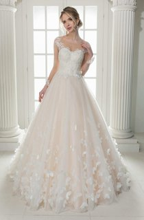 Illusion Scoop-Neck Cap-Sleeve A-Line Tulle Ball Gown Wedding Dress With Appliques