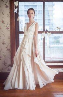V-Neck Sleeveless Long Chiffon Wedding Dress With Lace Bodice