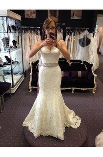 Glamorous Sweetheart Pleated Mermaid Long Lace Dress With Beaded Waist