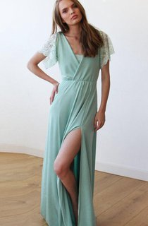 Short Maxi Lace Dress With Flower