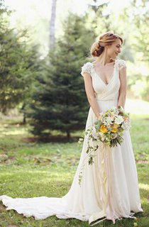 Modern V-neck Chiffon Flowers Wedding Dress 2016 Sweep Train