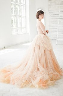 V-Neck Long Sleeve Lace Tulle Pick Up Dress With Court Train