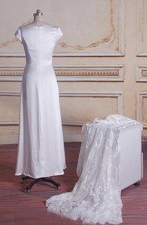Sheath Short Lace Satin Weddig Dress