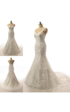 Sleeveless Sweatheart Lace Wedding Dress With Court Train