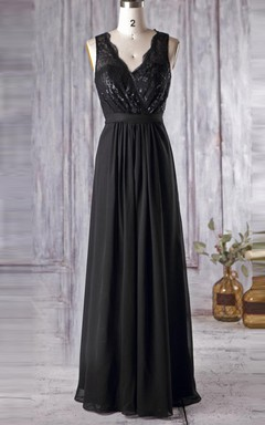 Floor-length V-neck Chiffon&Tulle&Lace Dress With Illusion