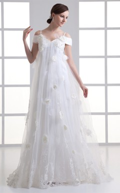 spaghetti-strap a-line tule dress with appliques and flower