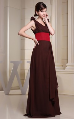 V-Neck Sleeveless Chiffon Floor-Length Dress With Floral Strap