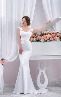 Long Lace Wedding Fitted Style Wedding With A Train Dress