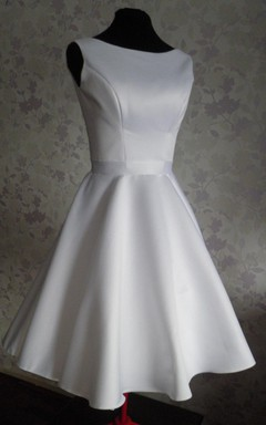 Audrey Hepburn 1950 Vintage Inspired Wedding Dress With Tea Length Skirt With V Shaped Back Cutout
