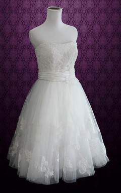 Short Knee-Length Strapped Tulle Lace Satin Weddig Dress
