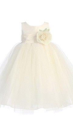 Sleeveless Empire A-line Dress With Bow and Flower
