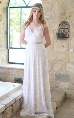 Plunged Sleeveless Lace Sheath Wedding Dress With Keyhole And Ribbon