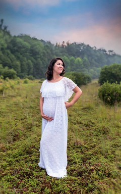 Vintage A Line White Lace Maternity Gown With Flutter Top