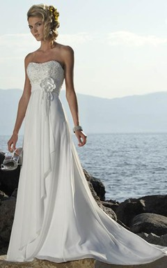 Beautiful Strapless A-Line Beach Chiffon Wedding Dress