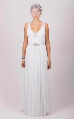 Simple V-Neck Tulle Wedding Dress With Beading Belt