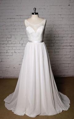 Scoop Neck Sleeveless A-Line Wedding Dress With Chiffon Skirt