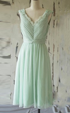 Short Knee-length Chiffon&Lace Dress