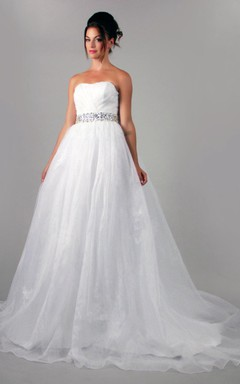 Sweetheart Organza a Line Wedding Dress With Crystal Belt