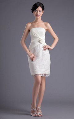 strapless body-fitting short lace dress with flower