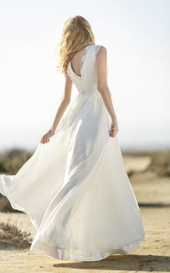 Boho V-Neck Sleeveless Long Chiffon Dress With Lace Bodice