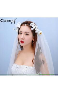 New Spring Korean Bride Headdress Short Paragraph Veil Flower Wings Shoulder Yarn Wedding Dress Accessories